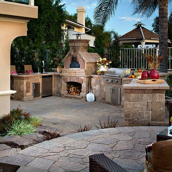 Belgard Brick Oven - Paver Outdoor Elements