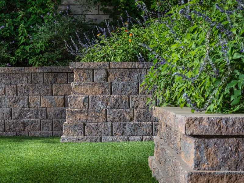 Belgard Anchor Highland Stone Paver Wall
