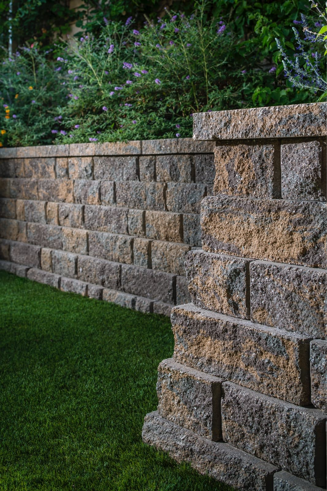 Belgard Anchor Highland Stone Pavers Wall
